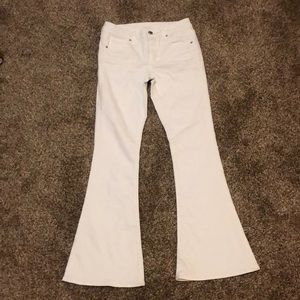 American Eagle flared white jeans